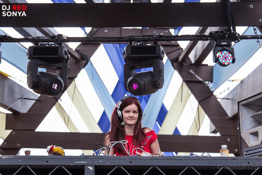 DJ Red Sonya @ LIB 2012