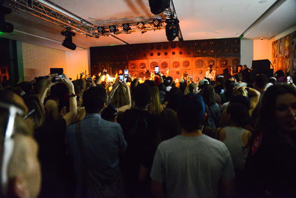 calvin_klein_urban_outfitters_sxsw_music_event_atmosphere