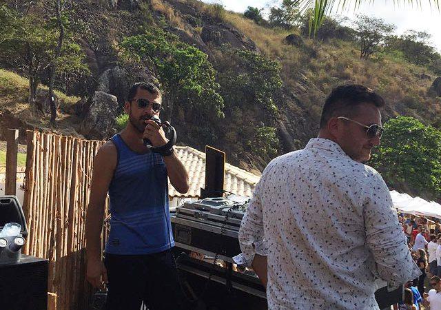 Nook_Beach_Club_nos_decks_DJ
