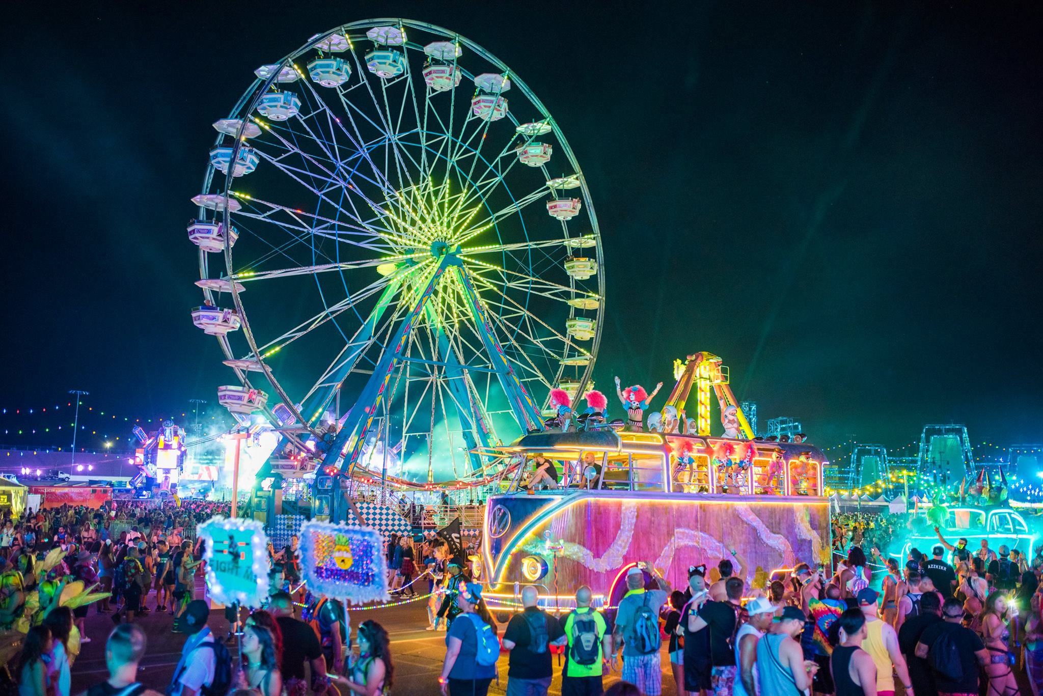Neon Lights Big Beats The Edc Vegas Story In Pictures