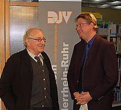 Stefan Endell begrüßt Peter Merseburger