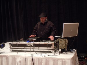 Maui DJ : DJ ZInn