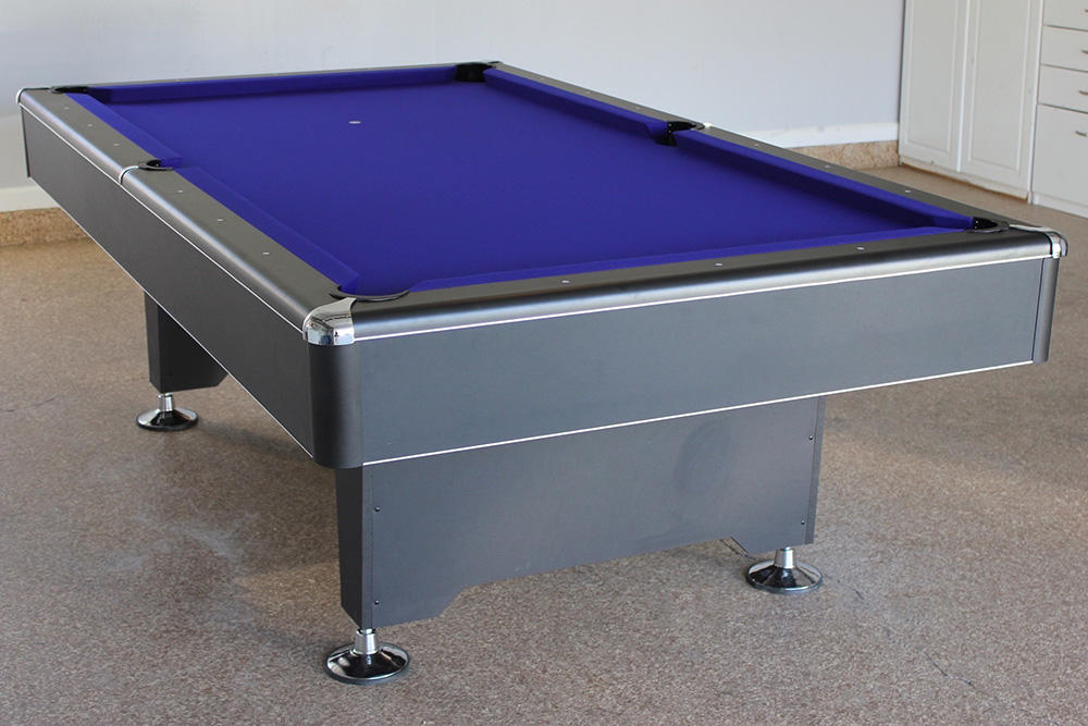Gentil We Set This 8u2032 Blackhawk Pool Table Up A Couple Of Days Before Christmas  With A Little Extra Help From My 8 ...