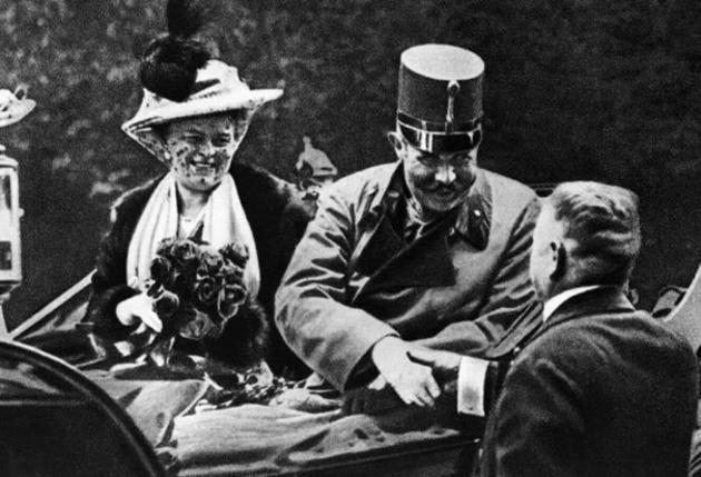 historical-photos-pt4-archduke-franz-ferdinand-with-wife