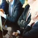 Szef MON proponuje współpracę w badaniu Smoleńska