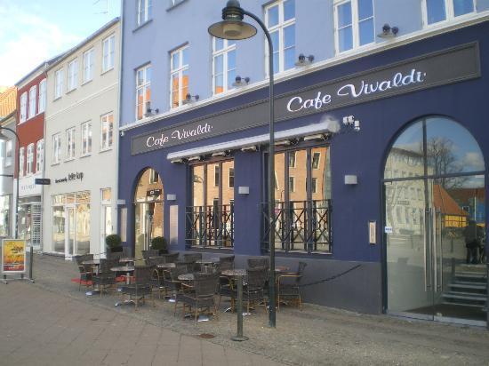 Cafe Vivaldi - Ro's Torv