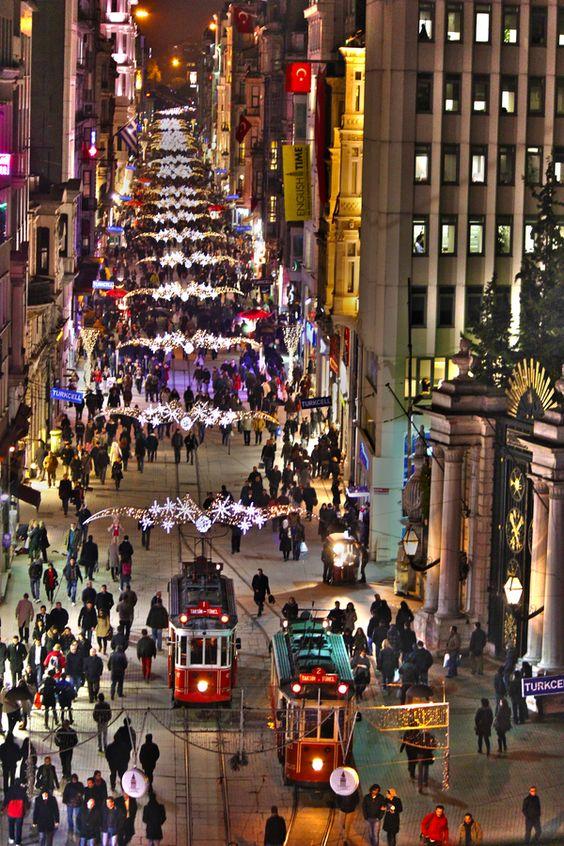 نوادى اسطنبول