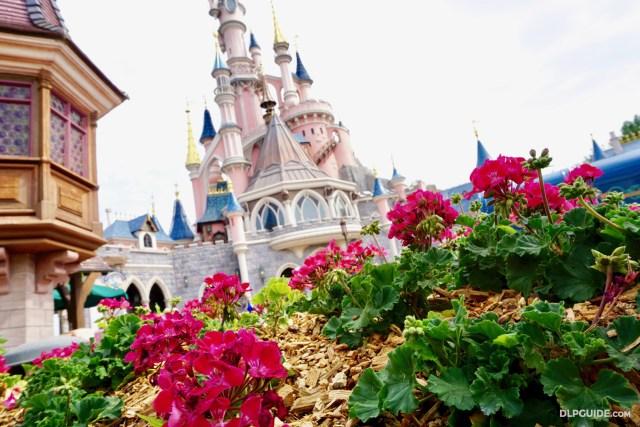 Castle Courtyard - Sleeping Beauty Castle - Disneyland Paris