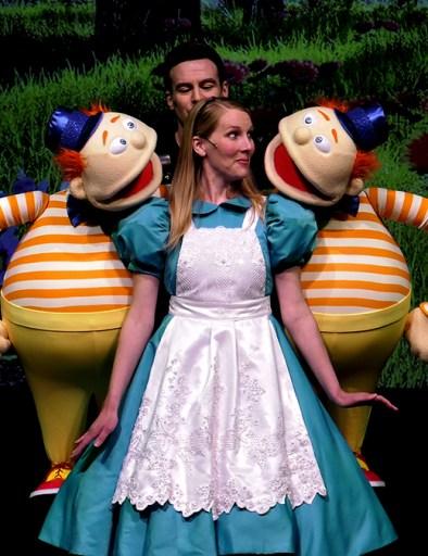 DLUX Ent Tweedles and Alice