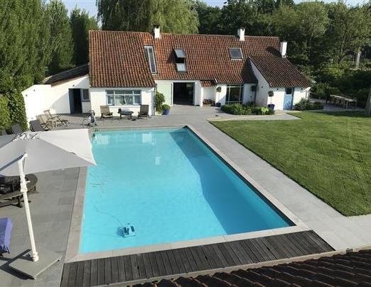 dm-zwembaden-projecten-renovatie-zwembad-hansbeke-01
