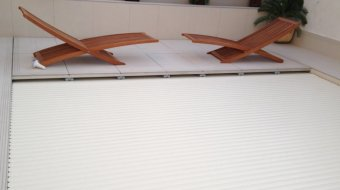 dm-zwembaden-afwerking-inbouw-t-and-a-inbouw-in-nis-met-hoge-waterstand-voorbeeld-3