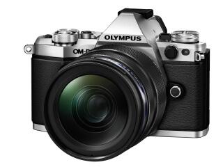 OLYMPUS OM-D E-M5 Mark II 12-40mm F2.8