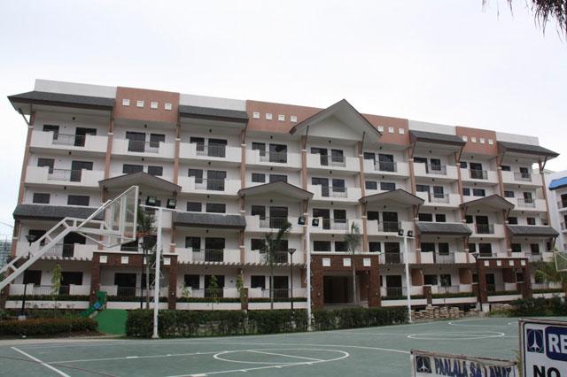 Magenta Building