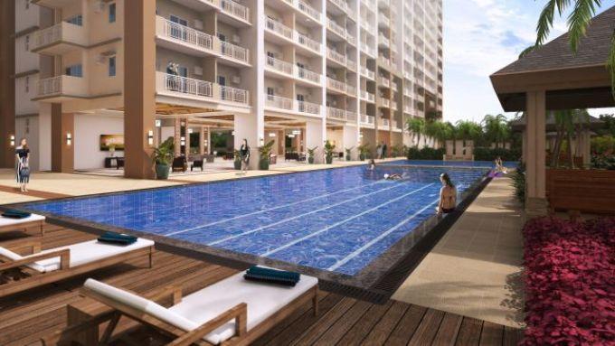 infina towers lap pool
