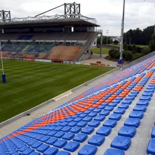 stade de foot à Agen