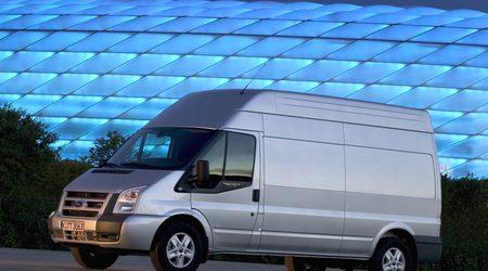 """Отскоро """"Транзит"""" със задно предаване се предлага и с нов 3.2 литров дизелов двигател с мощност 200 к.с. и максимален въртящ момент от 470 Nm."""
