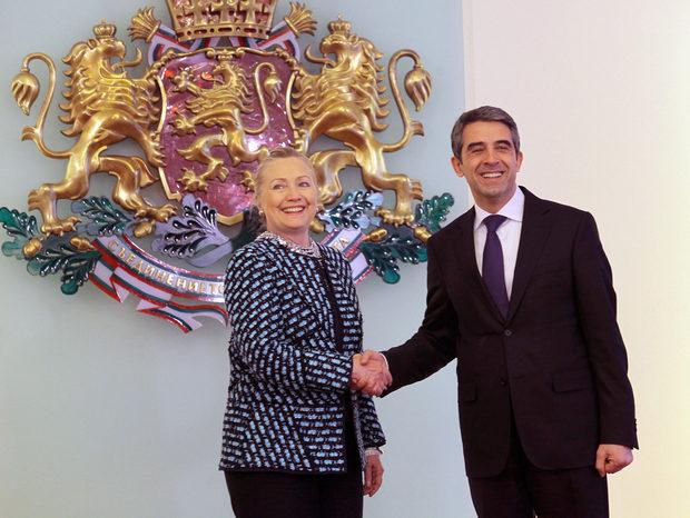 Държавният секретар Хилари Клинтън е отбелязала прогреса, който намира в България, от последното си посещение до днес.