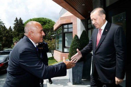 Резултат с изображение за Борисов ръкостискане Ердоган в Турция снимка