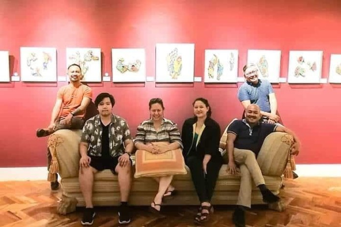 Director Tanya Lopez with Bacolod Team of Wala Nang Bata Dito  From left to right: SARI SAYSAY /playwright, ROGER JOSHUA VENZAL /stage manager, TANYA P. LOPEZ/director, VENISE BUENAFLOR/actor, DR. ADRIAN TORRES/costume design, TUXQS RUTAQUIO/VLF festival director.