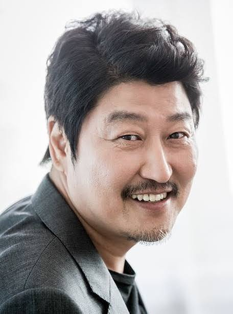 Song Kang Ho as the Kim patriarch anchors the parasite movie. | Photo from asianwiki.com.