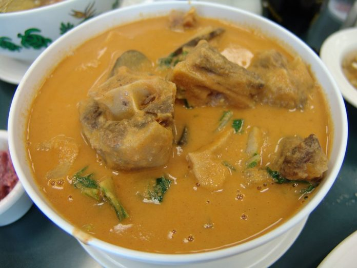 Kare kare. Photo from Flickr by takaokun.
