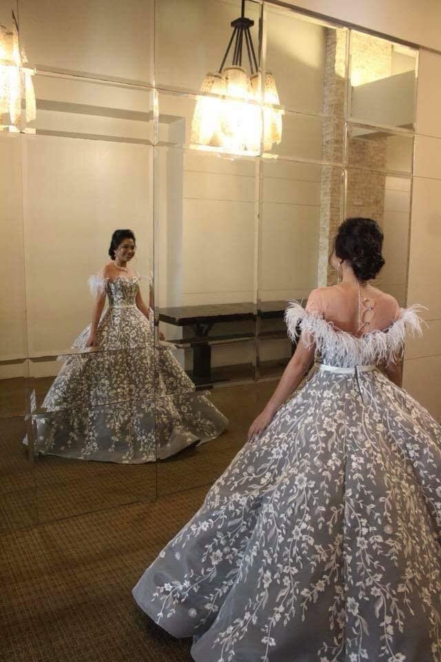Belle of the ball.  Apol Embang gowns evoke the gowns of yore, when kingdoms were built on the weight of a full skirt and masque balls were the rage.  Photo taken from Apol Embang's Facebook page.
