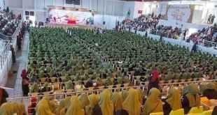 حدث وتعليق - احتفال #التاج_الذهبي بارتداء أكثر من ١٣٠٠ فتاة للحجاب