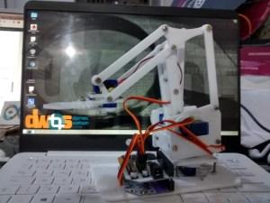 Braço robótico Fulltronic - presente para um nerd