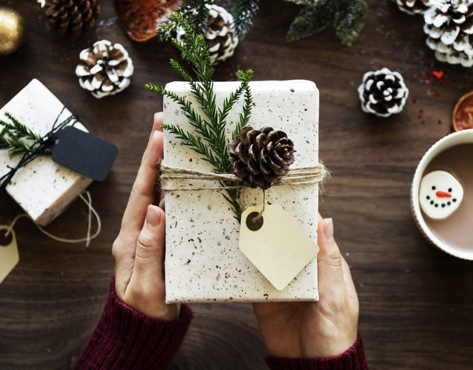 Życzymy Wam Wesołych Świąt. A po świętach wracajcie na www.dobrasztuka.pl