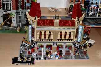 Lego Palace Cinema doppelt mit Doctor Strange Portalbestie 15