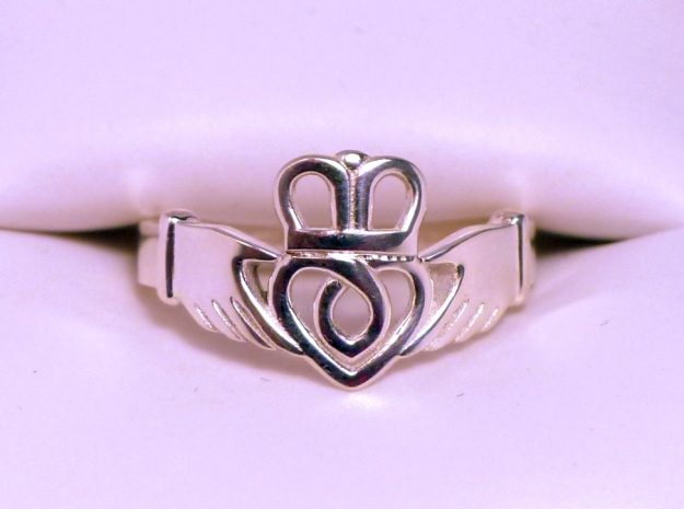 Traditional Claddagh Ring Silver