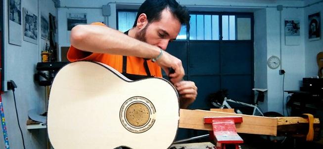 entrevistas  Paco Chorobo, de la ingeniería telemática a la construcción de guitarras