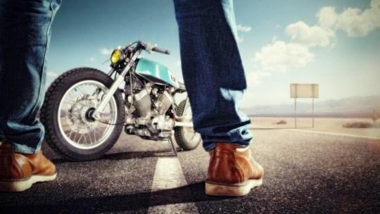 Voyage en Moto : Quel équipement emporter ?