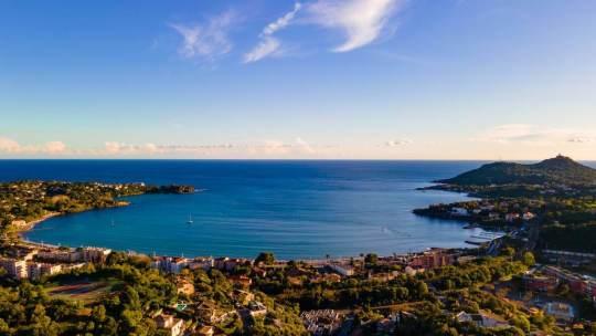 Comment organiser facilement son voyage touristique sur la Côte d'Azur ?