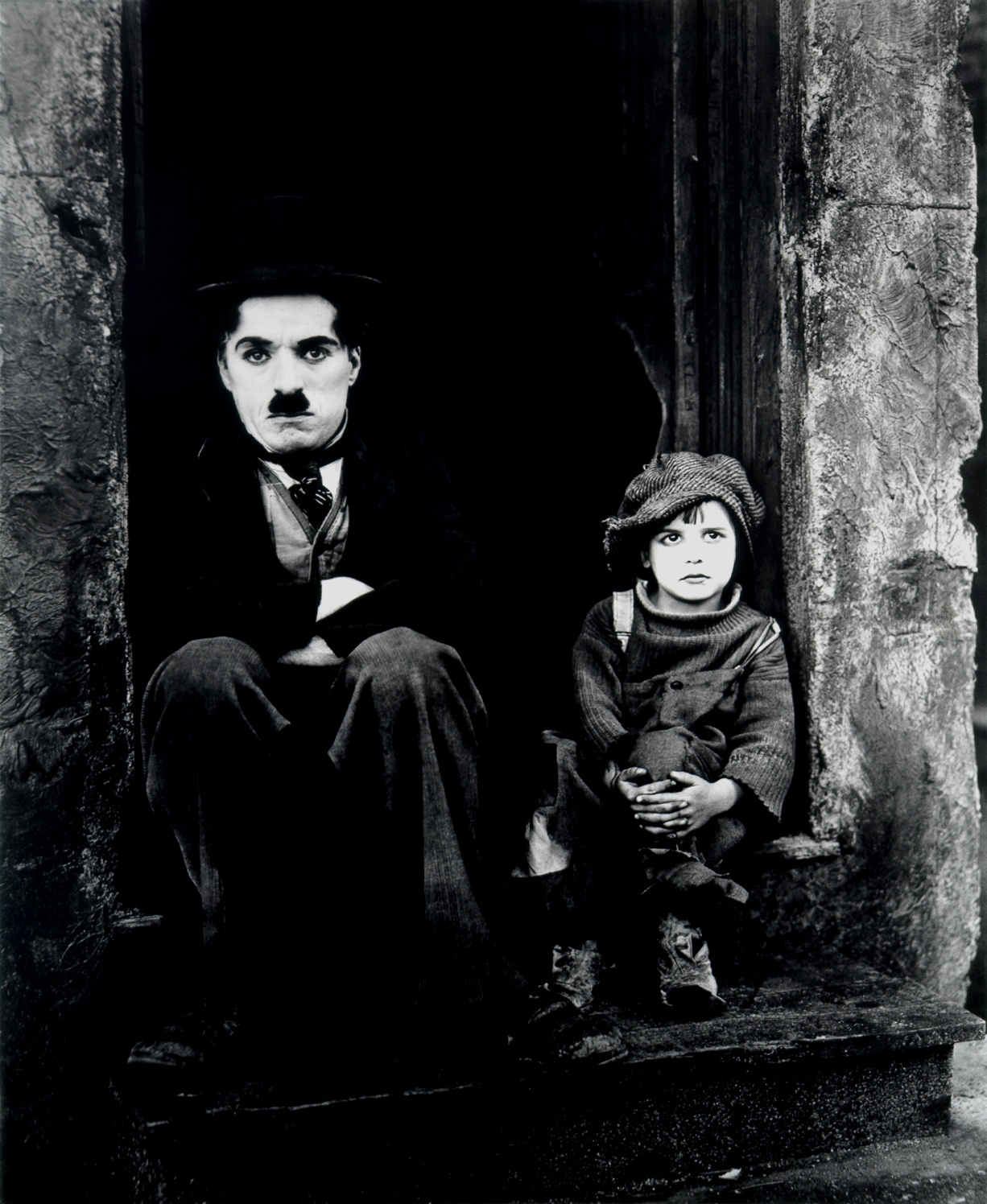 http://www.doctormacro.com/Images/Chaplin,%20Charlie/Chaplin,%20Charlie%20(Kid,%20The)_01.jpg