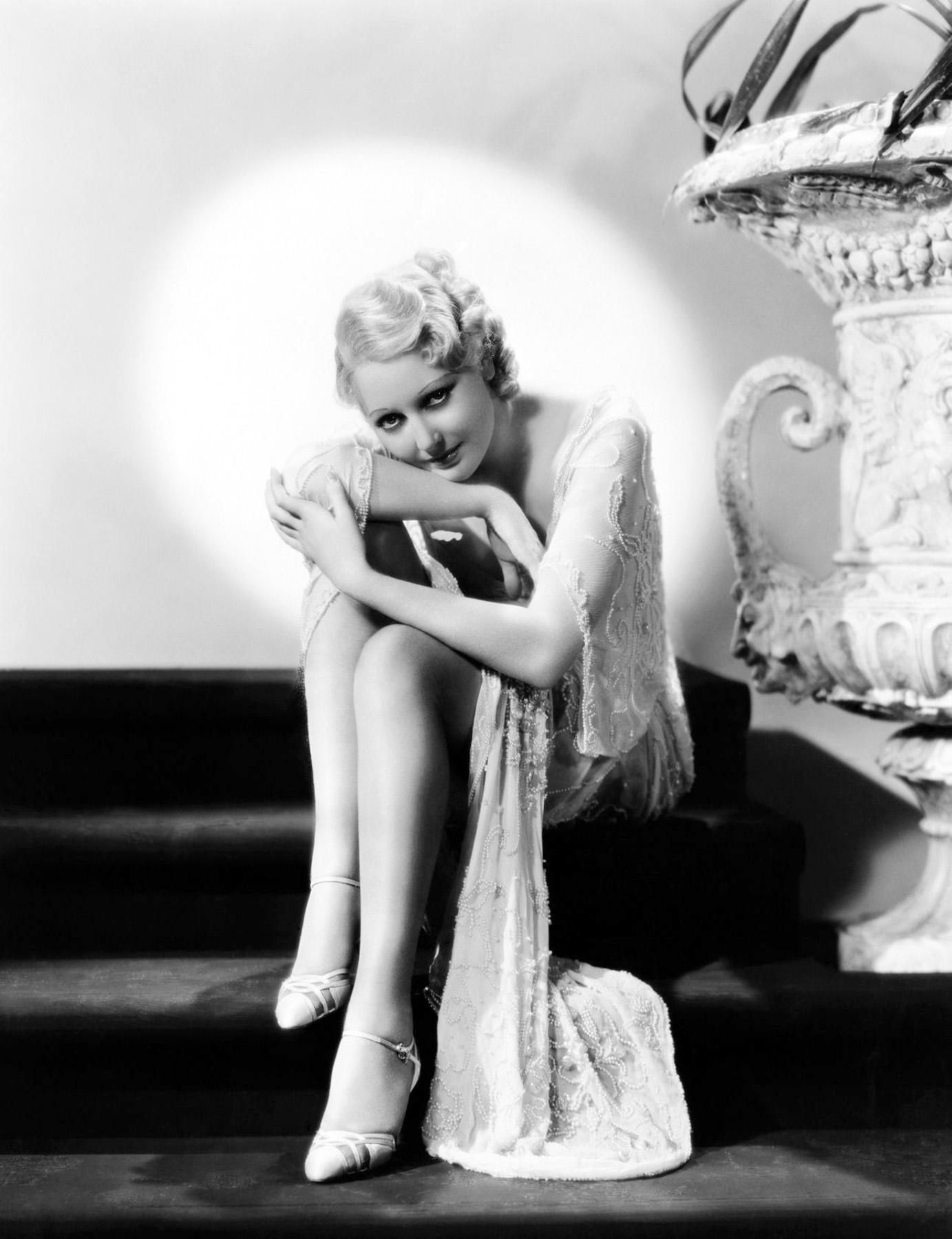 Thelma Todd in Horse Feathers (Blühender Blödsinn, Die Marx Brothers in der Uni) 1932