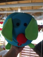 Peluche perro azul