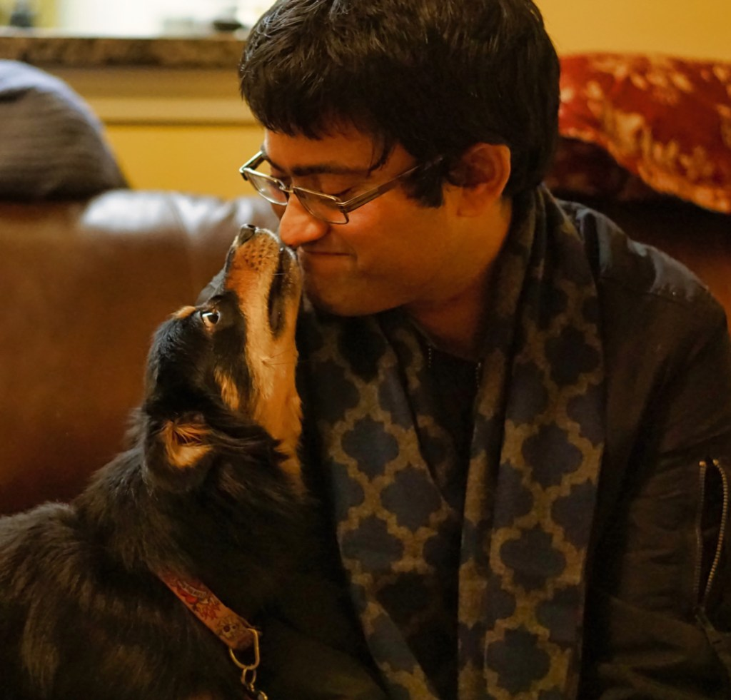 Padma and Rohit share kisses.