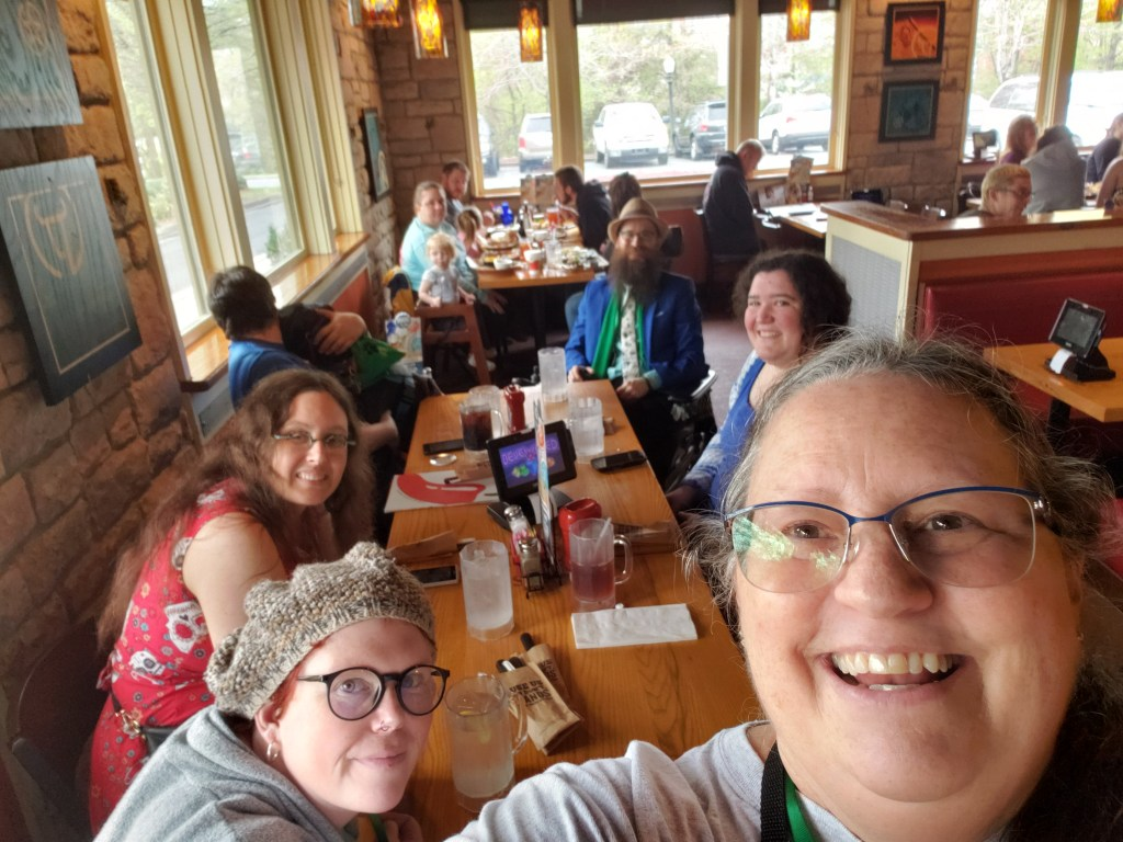 Eating at Chili's with Christi, Hannah, Brad, Veronica, and Gwen