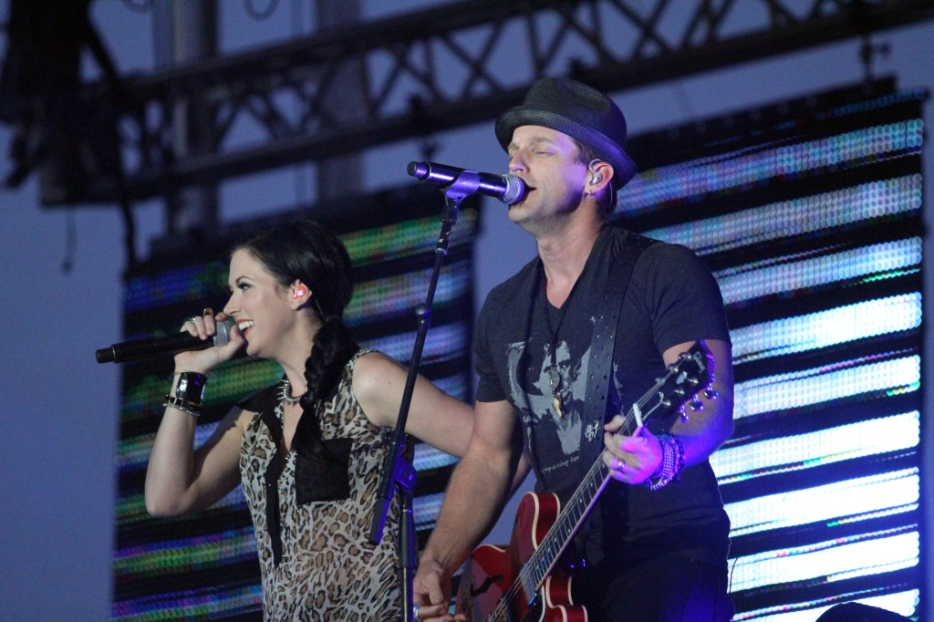 Thompson Square performed on Saturday, August 17, 2013 at the Dodge County Fair