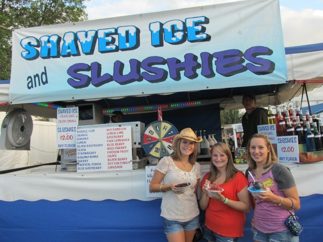 Shaved Ice Slushies and Snow Cones at the Dodge County Fair