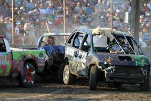 Demo Derby Dodge County Fair