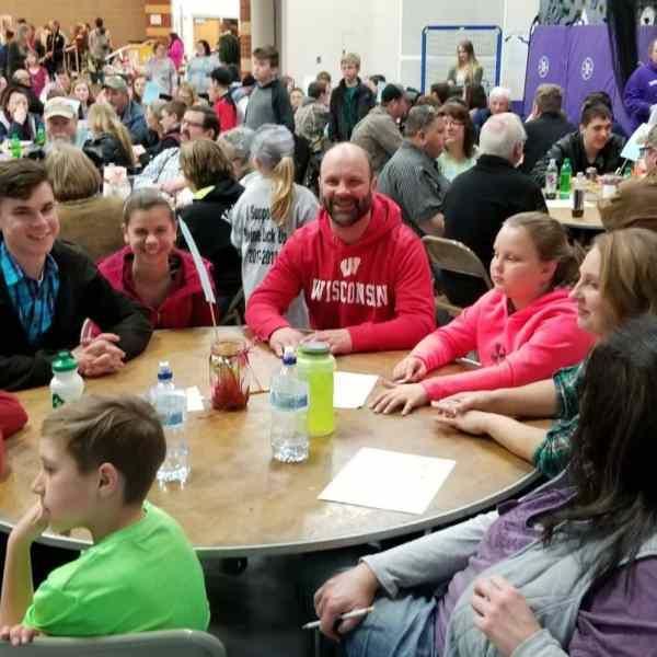 Pig-barn Fundraising nears goal thanks to Trivia Night