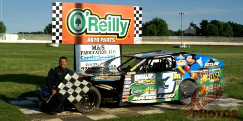 Mike Mueller IMCA Modified Heat Race Win