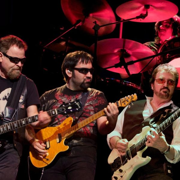 Blue Oyster Cult and Starship featuring Mickey Thomas in concert