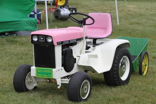 John Deere 1969 Patio 110 Lawn and Garden Tractor