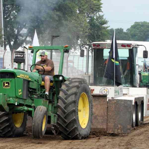 Farm Tractor Pull