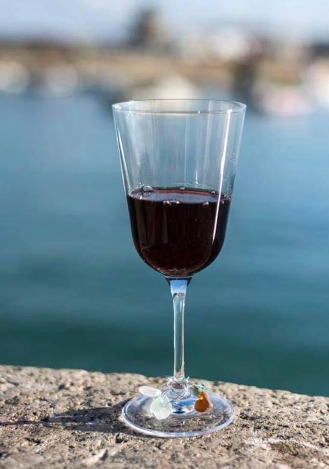 Seaglass Wineglass