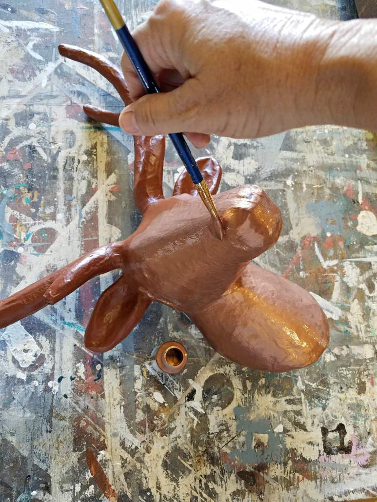 How create a DIY copper patina on deer head home decor. #copperpatina #homedecor #deerhead