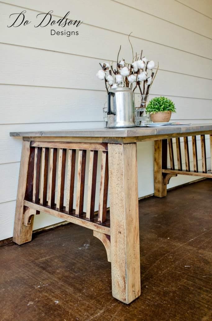 Curbside Junk To Farmhouse Table #dododsondesigns #farmhousetable #farmhousestyle #furnituremakeover #tablemakeover #farmhousefurniture